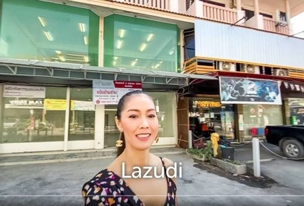 For Sale 4 Beds Office in Mueang Chiang Mai, Chiang Mai, Thailand