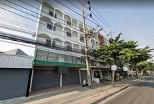For Rent 4 Beds House in Chom Thong, Bangkok, Thailand