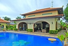 For Sale 5 Beds House in Sattahip, Chonburi, Thailand