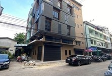 For Sale or Rent Office 88 sqm in Khlong Toei, Bangkok, Thailand