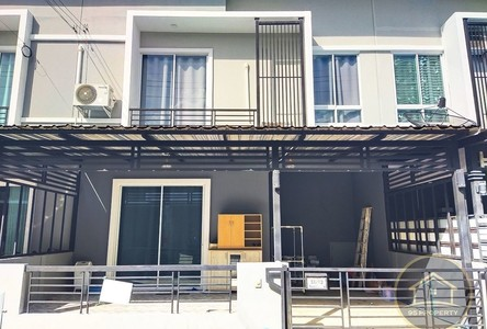 For Sale 3 Beds Townhouse in Bang Kruai, Nonthaburi, Thailand