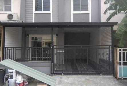 For Sale 4 Beds Townhouse in Bang Bua Thong, Nonthaburi, Thailand