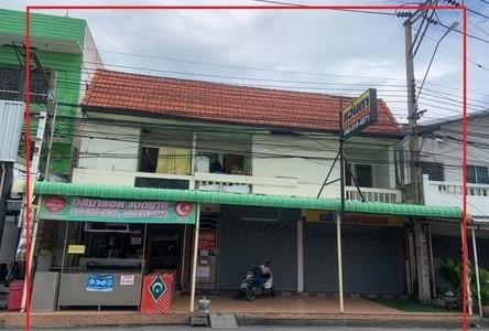 For Sale 13 Beds Shophouse in Bang Bua Thong, Nonthaburi, Thailand