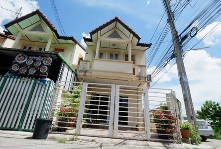For Rent 3 Beds Townhouse in Taling Chan, Bangkok, Thailand