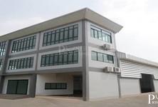 For Sale Warehouse 1,600 sqm in Krathum Baen, Samut Sakhon, Thailand