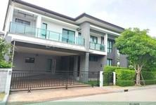 For Sale or Rent 5 Beds House in Bang Phli, Samut Prakan, Thailand