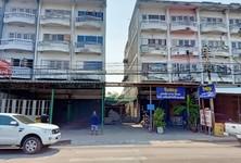 For Sale Retail Space 180 sqm in Lam Luk Ka, Pathum Thani, Thailand