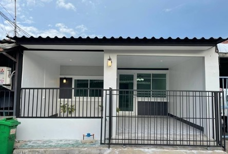 For Sale 2 Beds Townhouse in Bang Bua Thong, Nonthaburi, Thailand