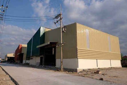 For Rent Warehouse 450 sqm in Mueang Chon Buri, Chonburi, Thailand