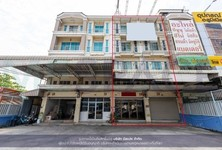 For Sale or Rent Retail Space 278 sqm in Taling Chan, Bangkok, Thailand