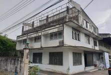For Sale Retail Space 1,600 sqm in Thung Khru, Bangkok, Thailand