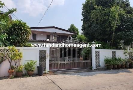 For Sale 4 Beds House in Mueang Samut Prakan, Samut Prakan, Thailand