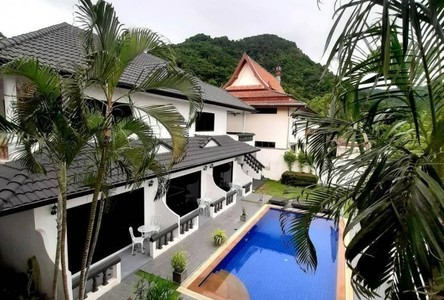 For Sale 5 Beds House in Mueang Phuket, Phuket, Thailand