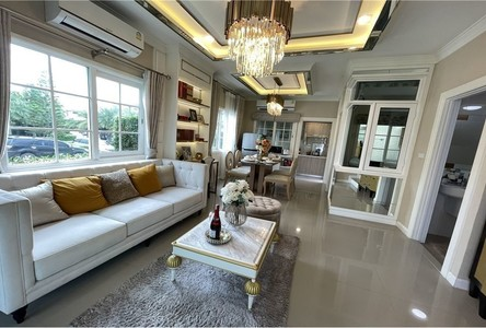 For Sale 4 Beds Townhouse in Bang Lamung, Chonburi, Thailand
