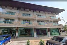 For Sale 4 Beds Shophouse in San Sai, Chiang Mai, Thailand