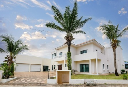 For Sale 6 Beds House in Bang Lamung, Chonburi, Thailand