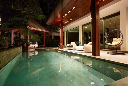 For Sale or Rent 5 Beds House in Watthana, Bangkok, Thailand