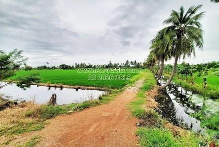 For Sale Land 18,024 sqm in Nakhon Chai Si, Nakhon Pathom, Thailand