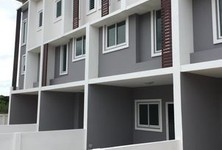 For Sale 2 Beds Townhouse in San Sai, Chiang Mai, Thailand