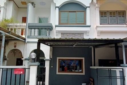 For Sale 2 Beds Townhouse in Mueang Nakhon Pathom, Nakhon Pathom, Thailand