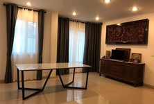 For Rent 4 Beds Condo in Mueang Nonthaburi, Nonthaburi, Thailand