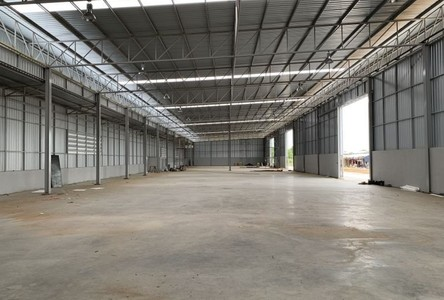 For Rent Warehouse 1,800 sqm in Prawet, Bangkok, Thailand