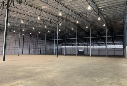 For Rent Warehouse 2,555 sqm in Bang Phli, Samut Prakan, Thailand