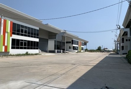 For Sale or Rent Warehouse 1,706 sqm in Bang Bo, Samut Prakan, Thailand