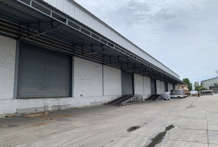 For Rent Warehouse 3,068 sqm in Mueang Samut Sakhon, Samut Sakhon, Thailand