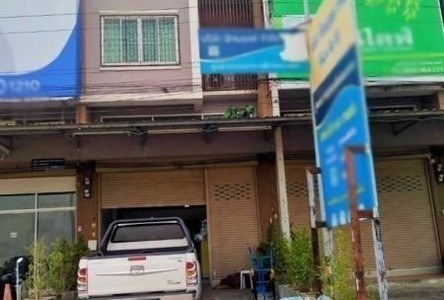 For Sale Retail Space 85 sqm in Lat Yao, Nakhon Sawan, Thailand