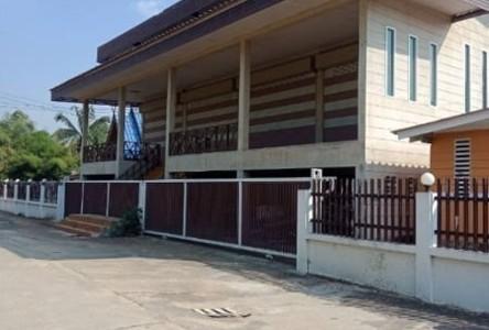 For Sale 7 Beds House in Doem Bang Nang Buat, Suphan Buri, Thailand