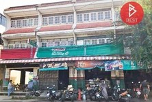For Sale Retail Space 440 sqm in Ongkharak, Nakhon Nayok, Thailand