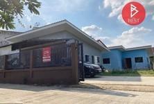 For Sale 3 Beds House in Damnoen Saduak, Ratchaburi, Thailand