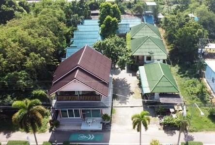 For Sale Retail Space 1,180 sqm in Tha Mai, Chanthaburi, Thailand