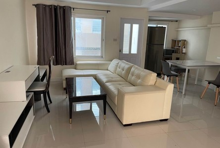 For Rent 6 Beds Townhouse in Chatuchak, Bangkok, Thailand