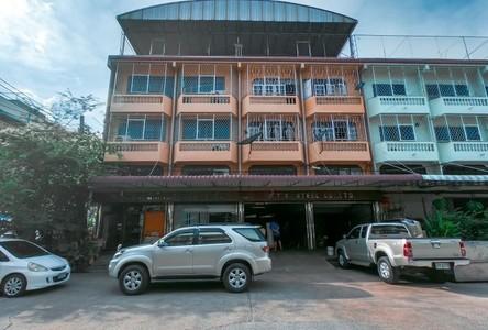 For Sale Retail Space 640 sqm in Bang Khae, Bangkok, Thailand