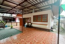 For Rent 2 Beds House in Mueang Chiang Mai, Chiang Mai, Thailand
