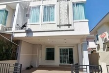 For Sale or Rent 3 Beds Townhouse in Saraphi, Chiang Mai, Thailand