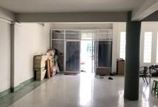 For Sale Warehouse 464 sqm in Bang Khun Thian, Bangkok, Thailand