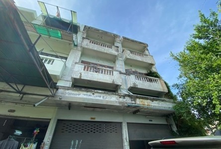 For Sale Retail Space 128 sqm in Bang Kruai, Nonthaburi, Thailand