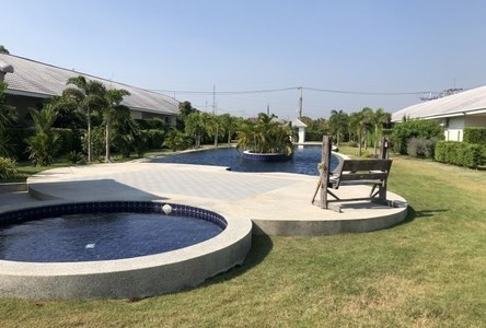 For Sale or Rent 2 Beds Townhouse in Hua Hin, Prachuap Khiri Khan, Thailand