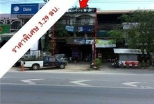 For Sale Retail Space 140 sqm in Lang Suan, Chumphon, Thailand