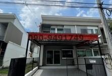For Rent 2 Beds Townhouse in Bang Bo, Samut Prakan, Thailand