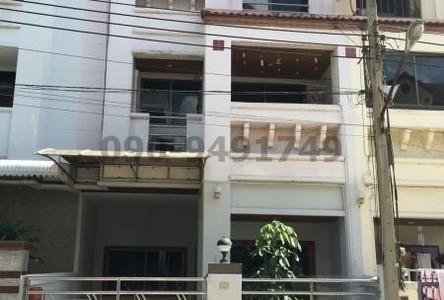 For Rent 4 Beds Townhouse in Rat Burana, Bangkok, Thailand