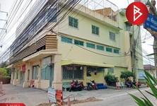 For Sale or Rent Retail Space 371 sqm in Mueang Samut Prakan, Samut Prakan, Thailand