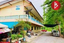 For Sale 11 Beds House in Mueang Samut Songkhram, Samut Songkhram, Thailand