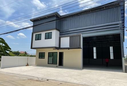 For Rent Warehouse 260 sqm in Lam Luk Ka, Pathum Thani, Thailand