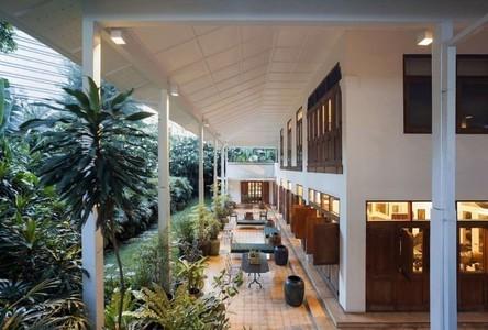 For Sale Retail Space 1,549 sqm in Pathum Wan, Bangkok, Thailand
