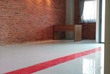 For Rent Office 50 sqm in Watthana, Bangkok, Thailand
