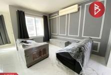 For Sale or Rent 1 Bed Condo in Bang Phli, Samut Prakan, Thailand